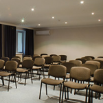 """Конференц-зал """"Триумф""""  в  отеле  «Reikartz Hotels & Resorts  Севастополь»"""